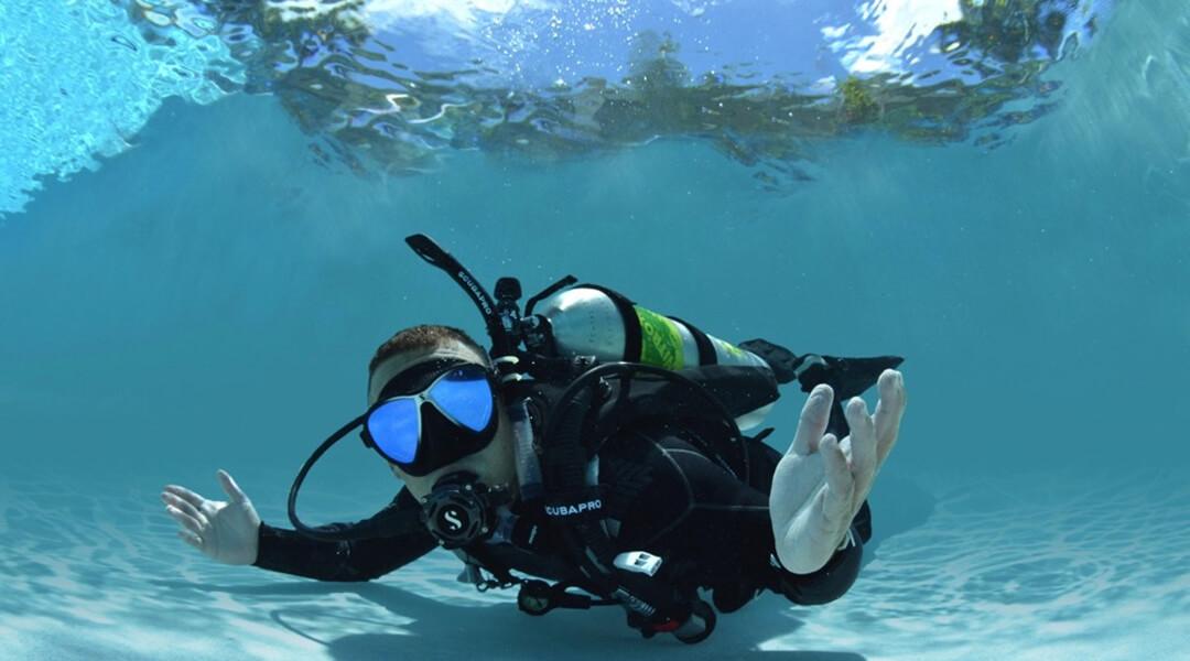 imagem-destacada-venha-praticar-mergulho-com-os-profissionais-da-onda-azul