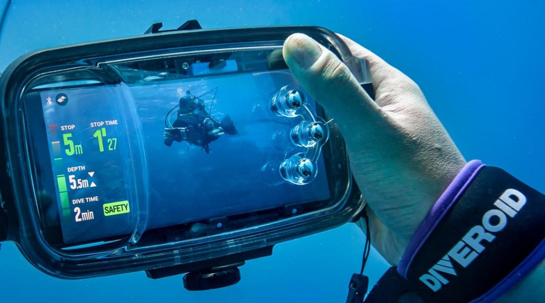 imagem-destacada-conheca-o-diveroid-equipamento-barato-que-pretende-substituir-camera-aquatica-bussola-computador-e-diario-de-bordo
