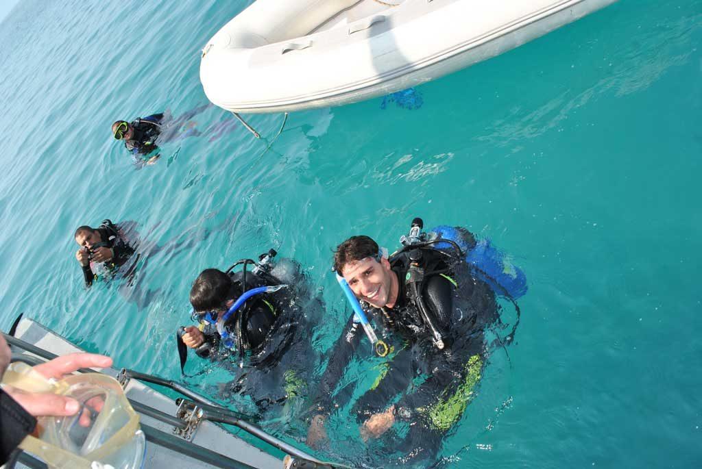 thumb-os-motivos-para-voce-se-tornar-um-mergulhador-certificado-foto-001