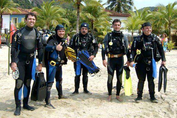 thumb-quem-somos-apresentacao-equipe-de-mergulho-em-terra